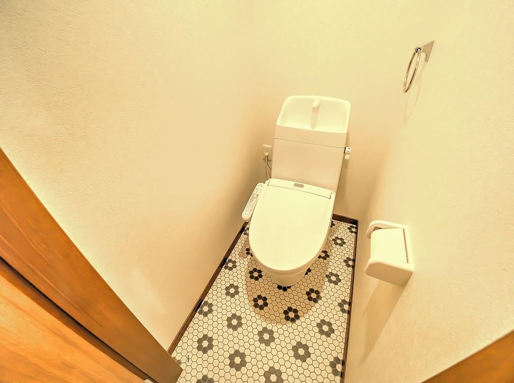 トイレ(温暖便座付きウォッシュレット)